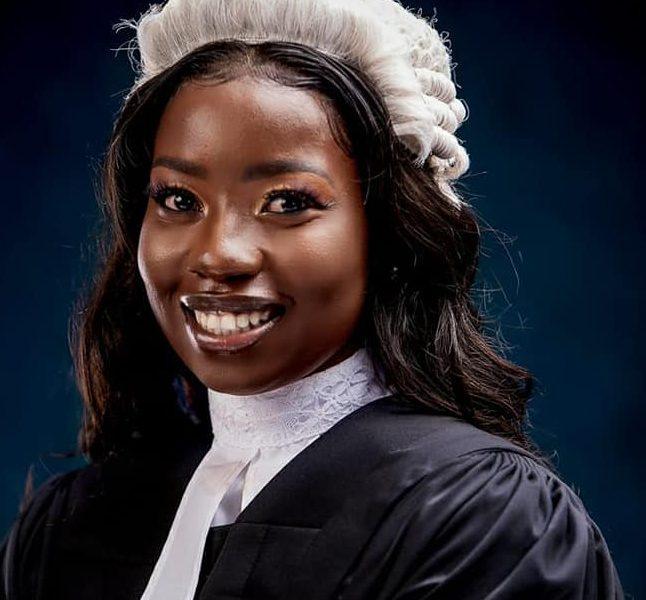 En advokat godkänd av Gambias högsta domstol
